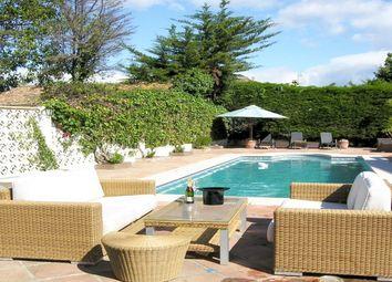 Thumbnail 7 bed villa for sale in Cortijo Blanco, Marbella West (San Pedro), Costa Del Sol