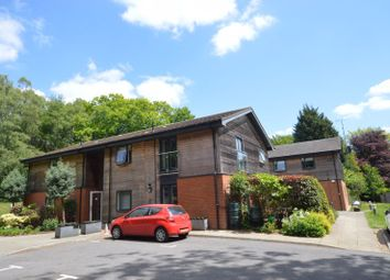 Wispers Lane, Haslemere GU27. 2 bed property