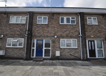 Thumbnail 3 bedroom maisonette for sale in Goodwin Parade, Hull