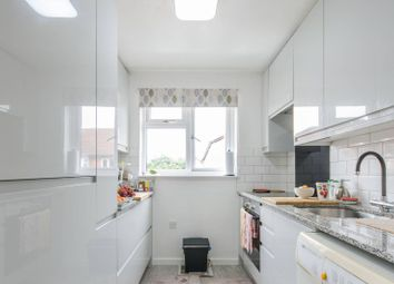 2 bed flat for sale in Sterling Gardens, New Cross SE14