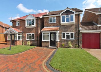 3 bed link-detached house for sale in Fellowes Close, Yeading, Hayes UB4