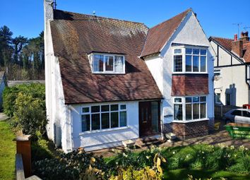Thumbnail 4 bed detached house to rent in Elian Road, Colwyn Bay, Conwy