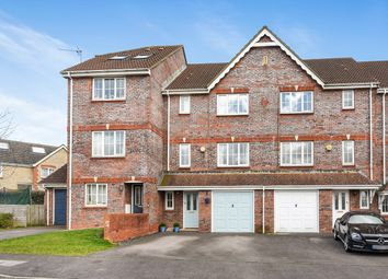 Thumbnail 4 bedroom town house for sale in Camford Close, Beggarwood, Basingstoke