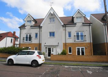Thumbnail 2 bed flat to rent in Olive Avenue, Leigh-On-Sea