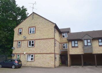 Thumbnail 2 bed flat to rent in Wood Green, Basildon, Essex