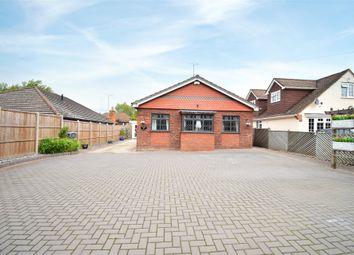 Nine Mile Ride, Finchampstead, Wokingham, Berkshire RG40. 4 bed detached bungalow