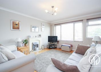 Thumbnail 2 bed flat to rent in Dorville Road, London