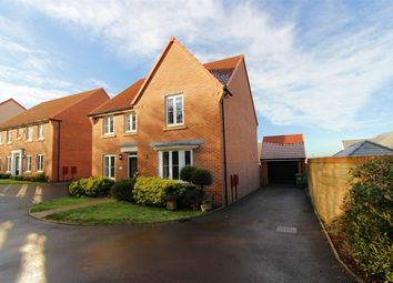 4 bed detached house for sale in Bluebell Close, Brimsham Park, Yate, South Gloucestershire BS37