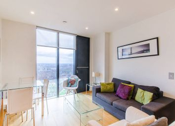 The Strata, Walworth Road, Elephant And Castle, London SE1. 1 bed flat