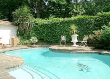 Thumbnail 3 bed cottage to rent in Cavendish Road, Weybridge