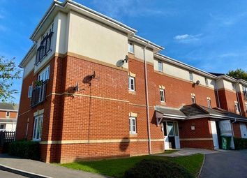 2 bed flat to rent in Mirabella Close, Southampton SO19