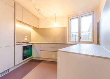 Thumbnail 5 bed flat to rent in Wenlock Street, Islington