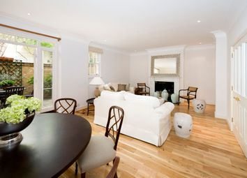 Thumbnail 5 bedroom property to rent in Montagu Mews West, London