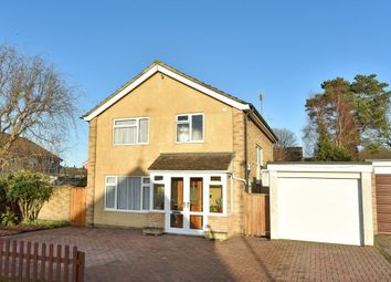 Thumbnail 4 bedroom detached house for sale in Knaphill, Woking