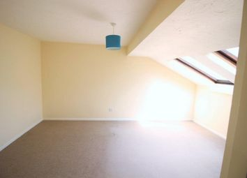 Thumbnail 3 bed flat to rent in Horndean Road, Bracknell