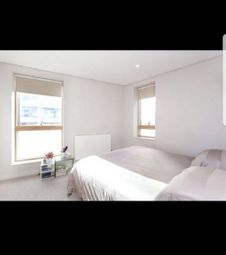 Thumbnail 2 bed flat for sale in Merchant Square East, London