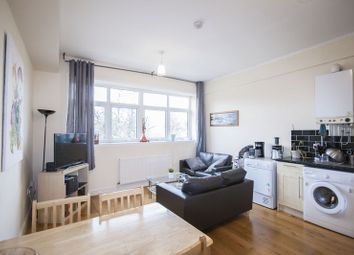 Thumbnail 2 bedroom flat to rent in Grosvenor Park Road, London