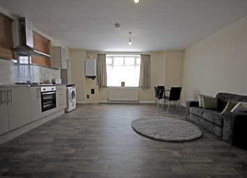 Thumbnail 1 bed flat to rent in Upper Sutton Lane, Heston