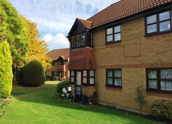 Thumbnail 2 bedroom maisonette to rent in Wildern Lane, Hedge End, Southampton