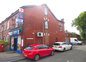 Thumbnail 2 bed flat to rent in Dumers Lane, Radcliffe