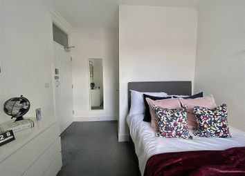 Thumbnail Room to rent in Frederick Street, Luton