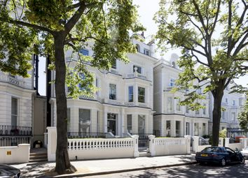 Thumbnail 4 bed flat to rent in Holland Park, London