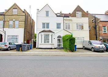Thumbnail 1 bed flat to rent in Station Road, Finchley, London