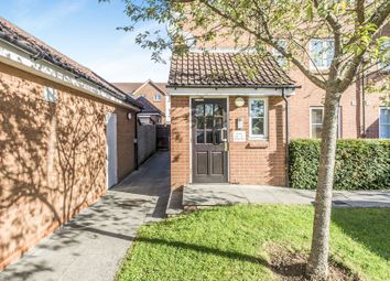 Thumbnail Flat for sale in Layton Street, Welwyn Garden City
