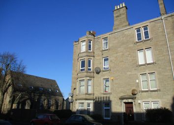 2 bed flat to rent in Clepington Road, Coldside, Dundee DD3