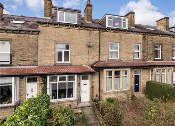 4 bed property for sale in Park Road, Bingley, West Yorkshire BD16
