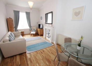 Thumbnail 1 bed flat to rent in Grassmarket, Edinburgh