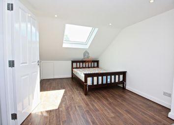 Thumbnail Studio to rent in Kilburn Lane, Queens Park, London