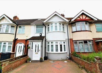 Thumbnail 5 bed terraced house for sale in Grosvenor Road, Luton