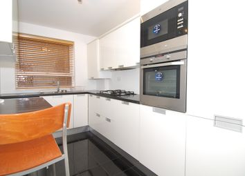 Thumbnail 2 bed flat to rent in Hendon Lane, London
