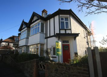 Thumbnail 2 bed flat for sale in Hillside Crescent, Leigh, Leigh-On-Sea