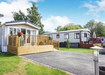 Thumbnail 2 bed mobile/park home for sale in London Road, Willingham St. Mary, Beccles