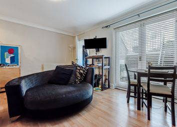Thumbnail 1 bedroom flat for sale in King George Square, Richmond