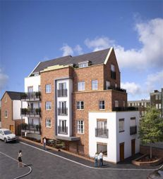 Thumbnail 2 bed flat for sale in The Mount, Brentwood, Essex