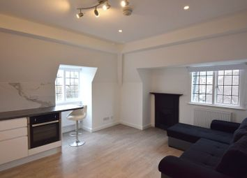 Thumbnail 2 bed flat to rent in Willifield Way, Hampstead Garden Suburb