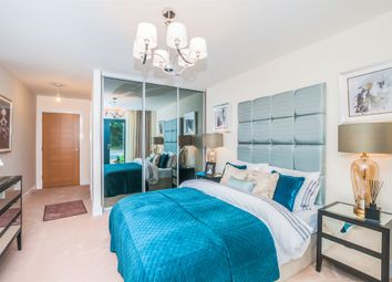 Thumbnail 1 bedroom flat for sale in Station Road, Taplow, Maidenhead
