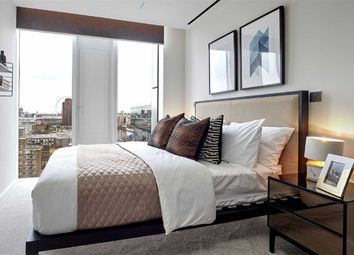 Thumbnail 3 bed flat for sale in Union Street, London