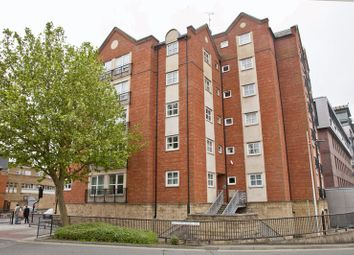 Thumbnail 2 bed flat to rent in Brayford Wharf East, Lincoln