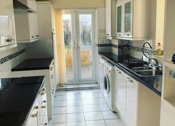 3 bed terraced house to rent in Kent Road, Grays RM17