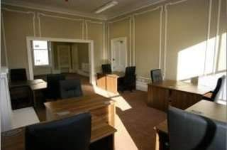 Serviced office to let in Somerset Place, Glasgow G3
