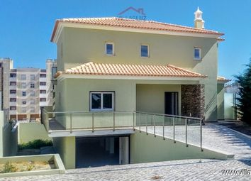 Thumbnail 4 bed villa for sale in 8365 Armação De Pêra, Portugal
