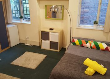 Thumbnail 1 bed town house to rent in Chatsworth Road, Kilburn