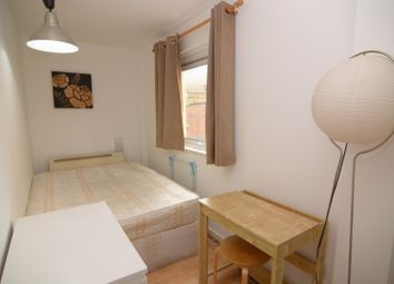 Thumbnail Room to rent in Westferry Road, West Ferry