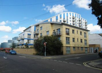 Thumbnail 2 bed flat to rent in Frith Road, Croydon