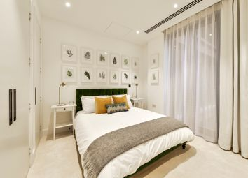 Thumbnail 1 bedroom flat for sale in Woodfield Road, London