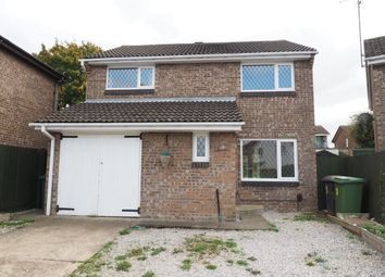 Thumbnail 4 bed detached house to rent in Wentworth Avenue, Wellingborough